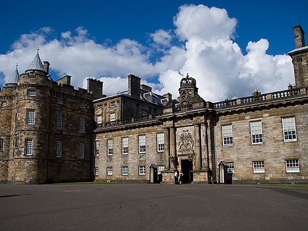 Edinburgh-Palace of Holyrood House-City-Attraction