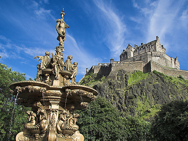 Edinburgh-Castle-City-Attraction